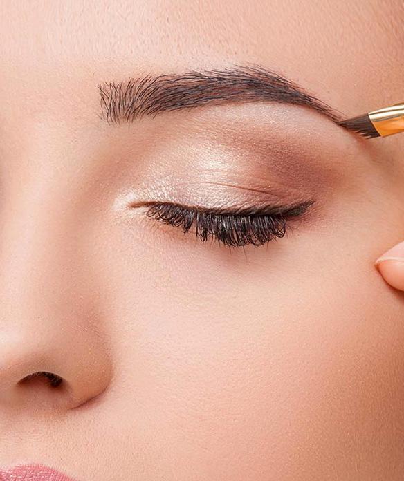 Diese Profi-Tricks zum Augenbrauen Schminken sollte jeder
